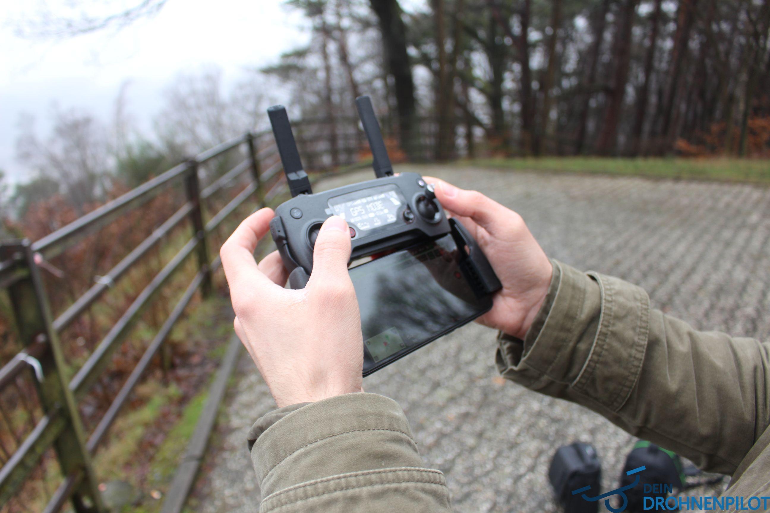 Der erste Drohnenflug DJI Mavic Pro Fernbedienung